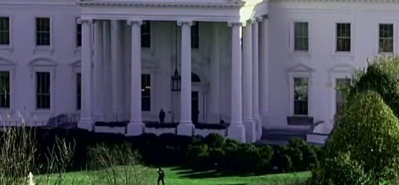 Man Arrested For Assaulting Officers... After Trying To Jump White House Fence