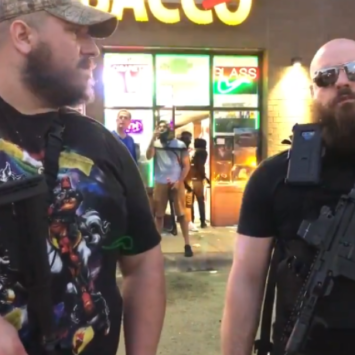 Two Armed Men Guarding Storefronts Say They Support The Protests But Not The Looting [Video]