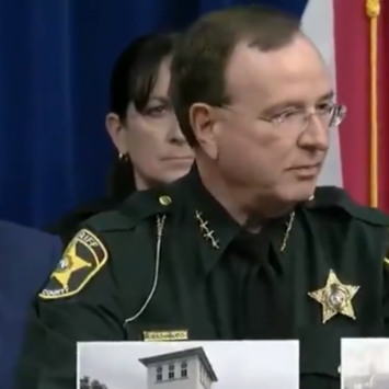 Watch: FL Sheriff Uses Flash Cards To School Clueless Press: Because Some Folks Are
